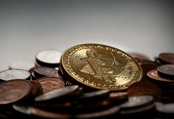 Сбербанк и Альфа-банк протестируют криптовалютные решения